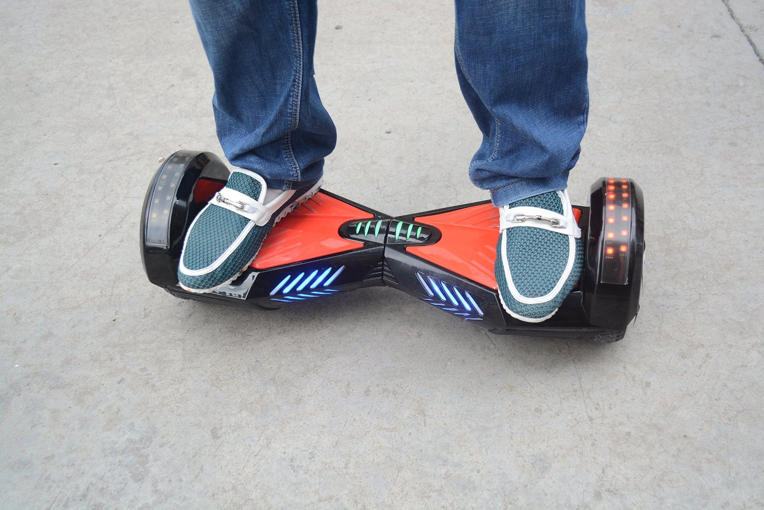 Smart Gear HoverBEATS hoverboard with music